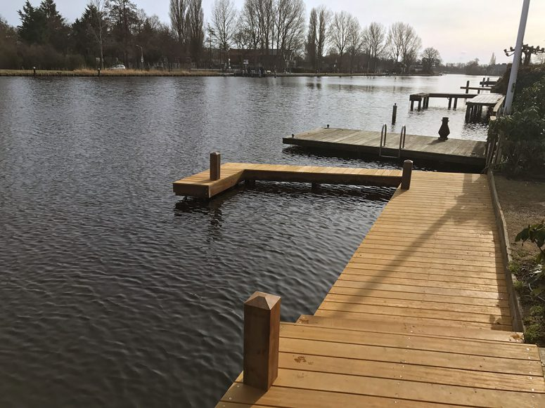 Aanlegsteiger-haventje-loopsteiger-MartienvanZaal-Haarlem02